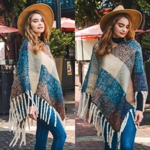Warm Knit Fringe Color Block Poncho
